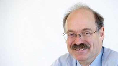 Sir Mark Walport to lead UK research funding