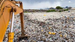 UK plastic recycling crisis expected