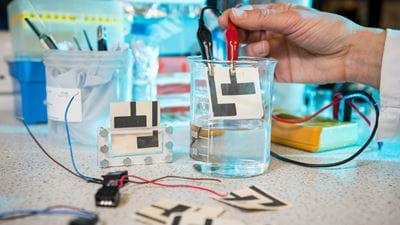 Cheap paper sensor detects water impurities