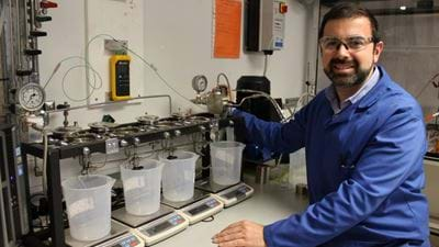 Developing a safe and efficient method for the removal of micropollutants from water