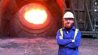 Laser monitoring of molten steel