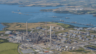 Fluor awarded contract for Valero's refinery in Wales