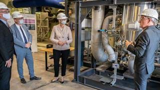 Evonik and Siemens test plant to produce chemicals from carbon dioxide